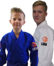 pakketdeal Lion 550 Talent Gi wit en blauw